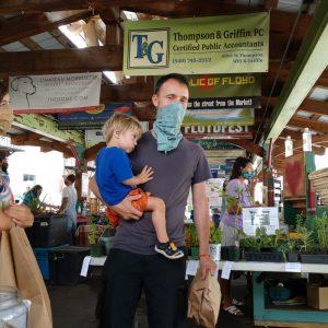 Floyd Farmers Market Shoppers